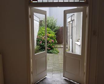 Kamer in Delft, Brasserskade op Kamernet.nl: Studio met tuin