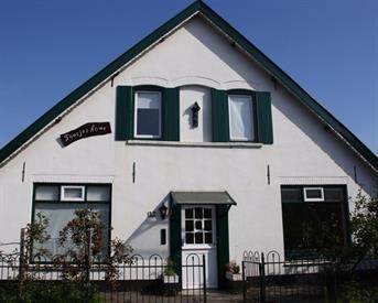 Kamer in Lent, Pastoor van Laakstraat op Kamernet.nl: Kamer voor student te huur in het mooiste studenten huis van Nijmegen!