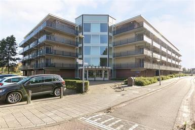 Kamer in Veldhoven, Vesting op Kamernet.nl: Goed onderhouden ruim 3-kamerappartement
