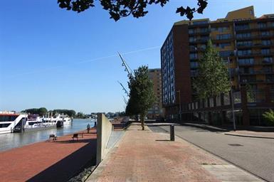 Kamer in Rotterdam, Jan Pettersonstraat op Kamernet.nl: Waterview!!  Ruim appartement te huur aan de Veranda in Rotterdam