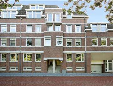 Kamer in Den Bosch, Buitenhaven op Kamernet.nl: Ruim 3-kamer appartement met berging en eigen parkeerplaats