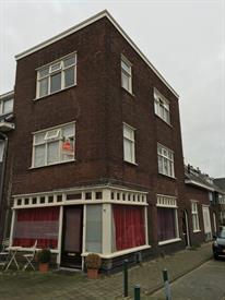 Kamer in Breda, van Voorst tot Voorststraat op Kamernet.nl: Te huur aangeboden in geheel gerenoveerd appartement