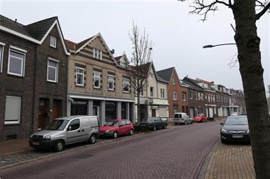 Kamer in Kerkrade, St.Pieterstraat op Kamernet.nl: Verrassend ruime bovenwoning te huur