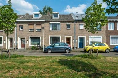 Kamer in Maastricht, Holsteinbastion op Kamernet.nl: Leuke ruime kamer van 15m2 te huur