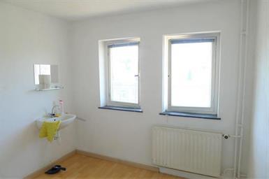Kamer in Maastricht, Hertogsingel op Kamernet.nl: Kamer met eigen wastafel gelegen op de derde etage