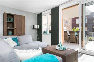 Kamer in Hoofddorp, Nijverheidsstraat op Kamernet.nl: Modern en luxe gemeubileerd 2 kamer appartement