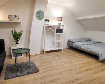 Kamer in Tilburg, Transvaalplein op Kamernet.nl: Luxe gemeubileerde design kamer op ideale locatie