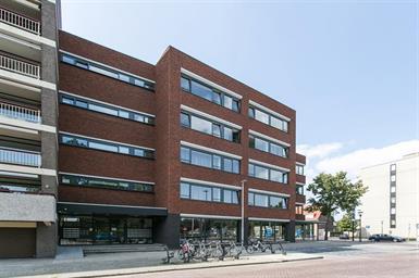 Kamer in Eindhoven, Veldmaarschalk Montgomerylaan op Kamernet.nl: Nieuw gerenoveerd studio complex net buiten het centrum