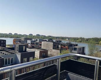 Kamer in Amsterdam, Jan Olphert Vaillantlaan op Kamernet.nl: Studio met dakterras op IJburg