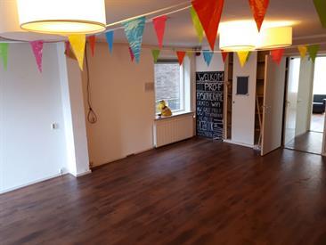 Kamer in Enschede, Oldenzaalsestraat op Kamernet.nl: Erg grote kamer te huur Oldenzaalsestraat