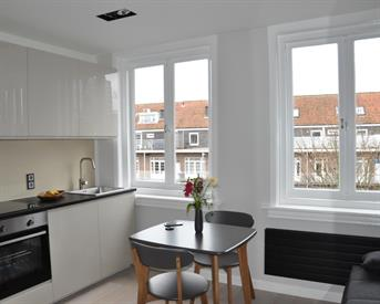 Kamer in Amsterdam, Courbetstraat op Kamernet.nl: Newly furnished studio for rent