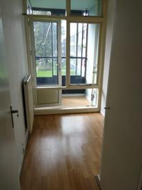 Kamer in Leeuwarden, Essenstraat op Kamernet.nl: Studente kamer met ingebouwde kast
