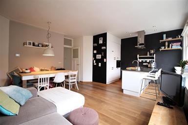 Kamer in Amsterdam, Sassenheimstraat op Kamernet.nl: Nice bright fully furnished apartment for rent
