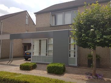 Kamer in Veldhoven, Buizerd op Kamernet.nl: mooie grote kamer met veel licht