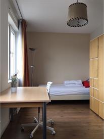 Kamer in Oegstgeest, Sterreschans op Kamernet.nl: Light spacious room with private kitchenette (landlady)