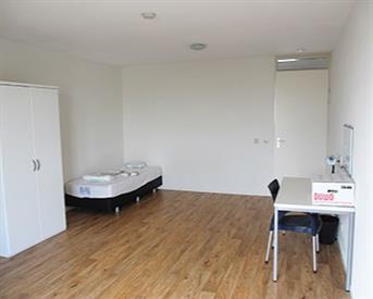 Kamer in Den Haag, Enthovenplein op Kamernet.nl: Large, cosy and cheap flat in Den Haag
