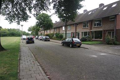 Kamer in Eindhoven, Malagijsweg op Kamernet.nl: In 2013 volledig verbouwd en gerenoveerd woonhuis