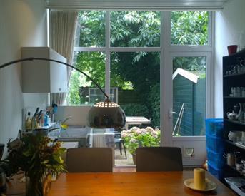 Kamer in Den Haag, Bezuidenhoutseweg op Kamernet.nl: Grote kamer met tuin, dicht bij station