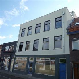 Kamer in Tilburg, Bisschop Zwijsenstraat op Kamernet.nl: Appartement met eigen patio tuin ( Begane grond, rechtsvoor )