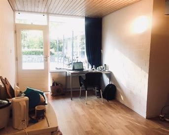 Kamer in Enschede, Matenweg op Kamernet.nl: ruime kamer voor tijdelijke onderhuur
