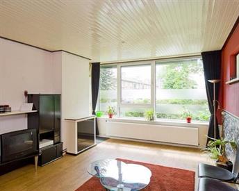 Kamer in Enschede, Zweringweg op Kamernet.nl: Appartement te huur voor 3 studenten in Stadveld