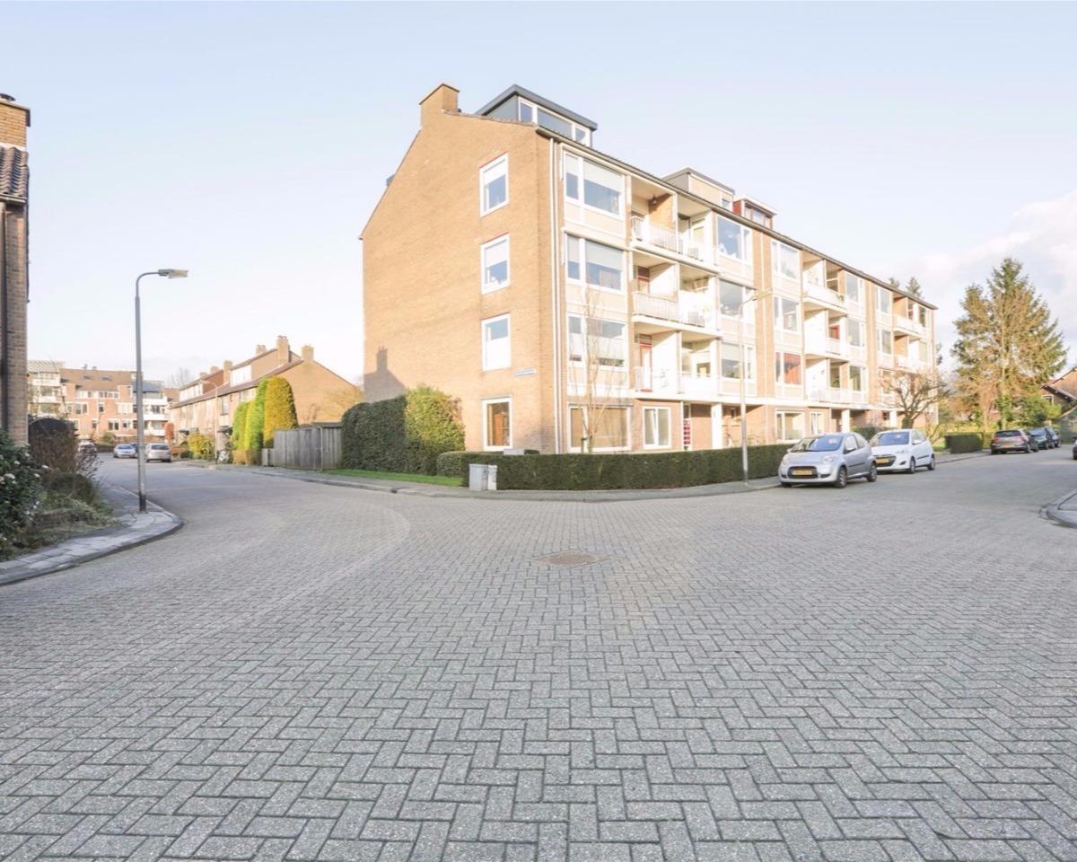 Alphons Diepenbrockstraat