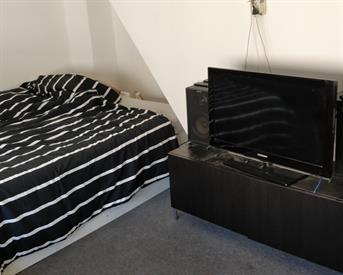 Kamer in Eindhoven, Schootsestraat op Kamernet.nl: Tijdelijke kamer met alle faciliteiten