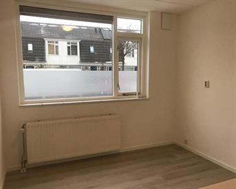 Kamer in Almere, Pasolinistraat op Kamernet.nl: Prachtig & gerenoveerd appartement