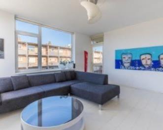 Kamer in Hilversum, C. Evertsenstraat op Kamernet.nl: ruim 4 kamer appartement te huur