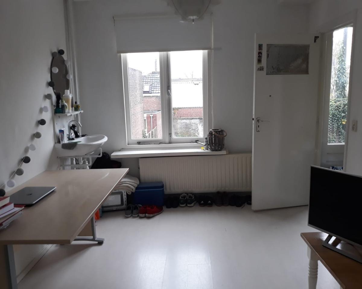 Kamer aan Nijverstraat in Tilburg