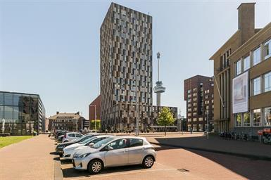 Kamer in Rotterdam, Sint-Jobskade op Kamernet.nl: Schitterend Gemeubileerd 3-kamer appartement te huur met garage