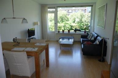 Kamer in Amstelveen, Mr. G. Groen van Prinstererlaan op Kamernet.nl: Mooi, licht, gemeubileerd 2 slaapkamer appartement