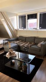 Kamer in Enschede, Pathmossingel op Kamernet.nl: Ruime zolderkamer in gezellig huis