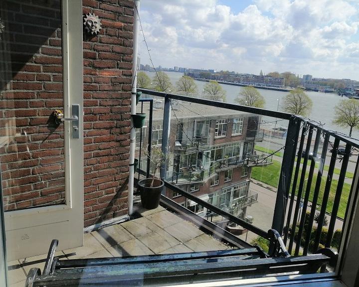 Kamer te huur in de Oostmaaslaan in Rotterdam