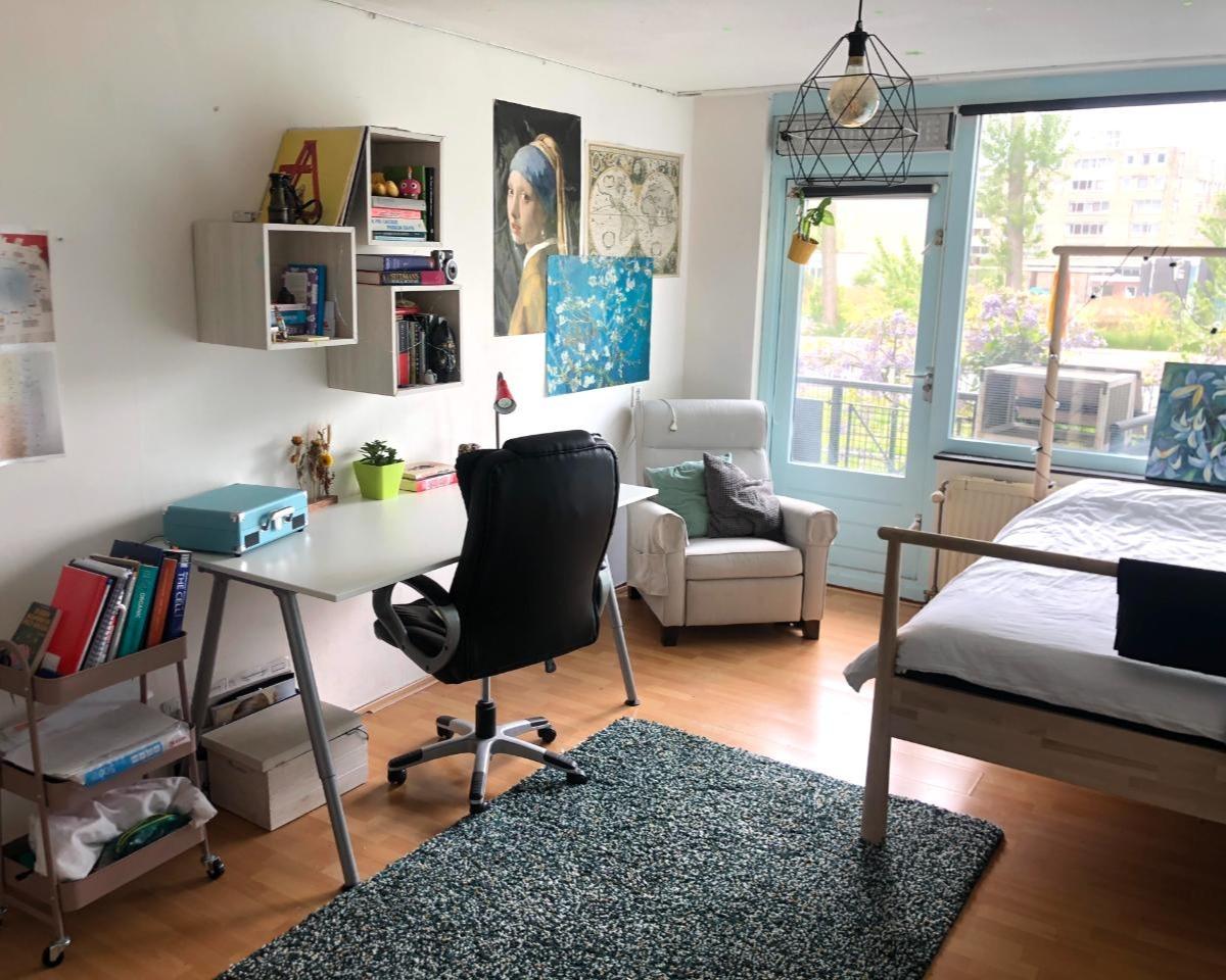 Kamer te huur in de Obrechtstraat in Den Haag