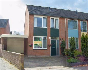 Kamer in Enschede, Hanenberglanden op Kamernet.nl: te huur mooie hoekwoning voor 4 studenten