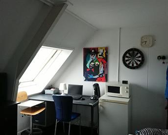Kamer in Enschede, Toekomststraat op Kamernet.nl: Kamer 15m2