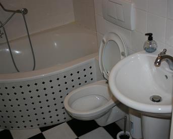 Kamer in Arnhem, Matenalaan op Kamernet.nl: Gestoffeerde kamer te huur in net appartement