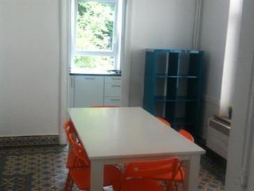 Kamer in Charleroi, Rue Zénobe Gramme op Kamernet.nl: Ingerichte kamers Te Huur In Het Centrum