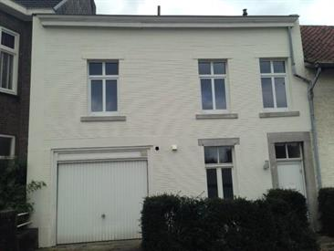 Kamer in Maastricht, Bergerstraat op Kamernet.nl: Nette 3 slaapkamer woning met garage en ruime tuin