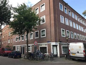 Kamer in Amsterdam, Diamantstraat op Kamernet.nl: ''Gestoffeerde 3-kamer appartement te huur''