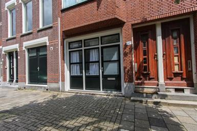 Kamer in Rotterdam, Van den Hoonaardstraat op Kamernet.nl: Prachtig 2 kamer appartement op de begane grond