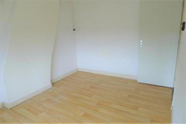 Kamer in Maastricht, Duitsepoort op Kamernet.nl: Leuke dubbele kamer gelegen op de tweede etage