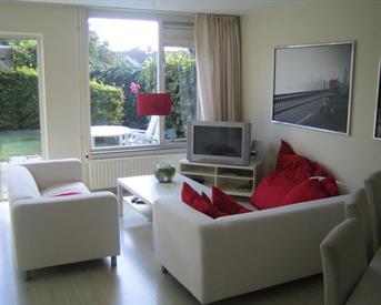 Kamer in Alkmaar, Mulderij op Kamernet.nl: Ruimte kamer incl G/L/W TV & WI-FI.