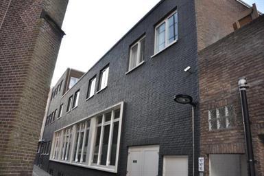 Kamer in Helmond, Kerkweg op Kamernet.nl: Mooi tweekamer appartement van 50 m2