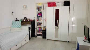 Kamer in Groningen, Ceramstraat op Kamernet.nl: Leuke huisgenoot gezocht voor ruime kamer!