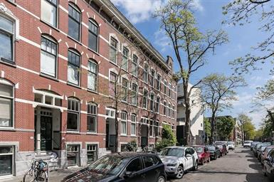 Kamer in Rotterdam, Hondiusstraat op Kamernet.nl: Zeer ruime dubbele bovenwoning in monumentaal pand