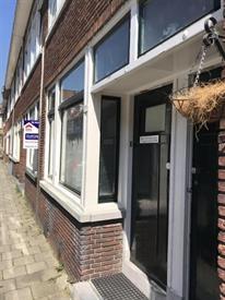 Kamer in Schiedam, Boylestraat op Kamernet.nl: Heerlijk licht 2-kamerappartement met tuin