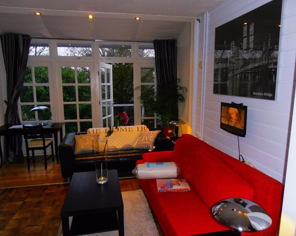 Kamer te huur in rotterdam voor 485 kamernet for Kamer rotterdam
