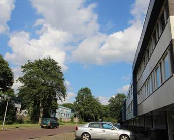 Kamer in Enschede, Manderbrink op Kamernet.nl: Large furnished room 18sqm €450,- All in.
